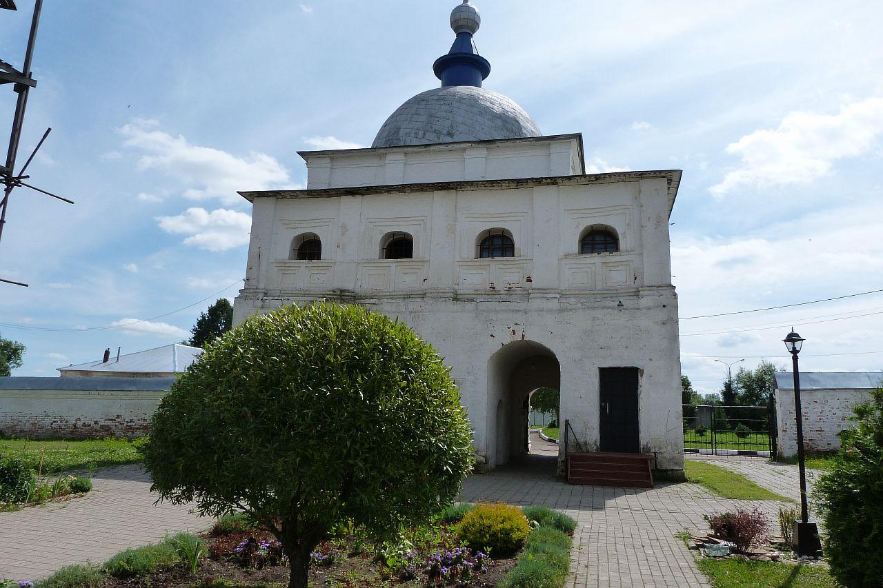 Лужецкий_монастырь_P1030030.JPG