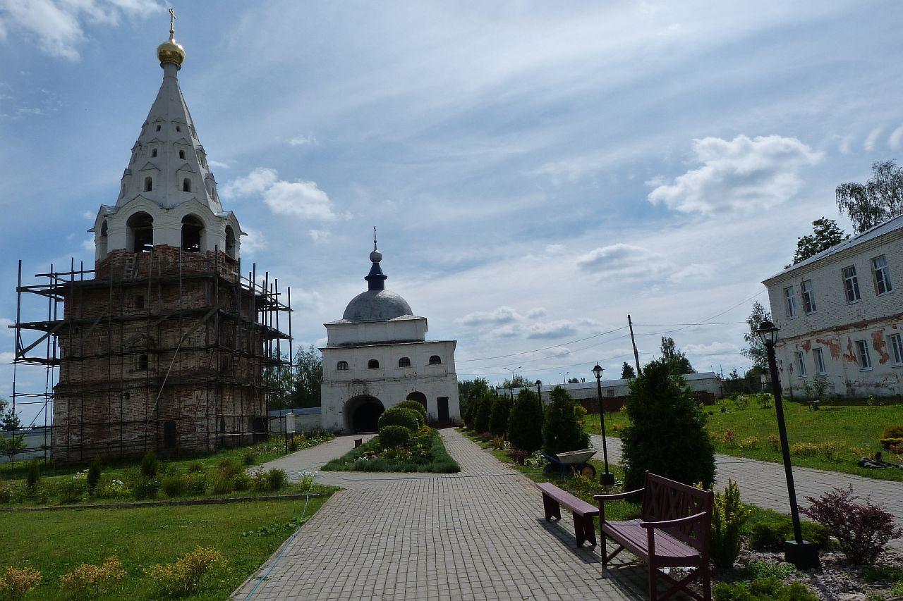 Лужецкий_монастырь_P1030015.JPG