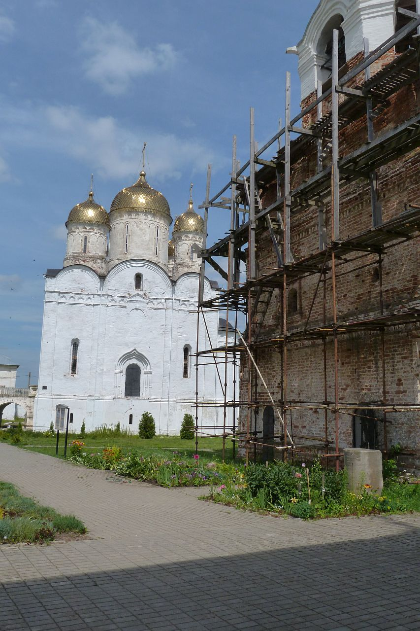 Лужецкий_монастырь_P1020996.JPG