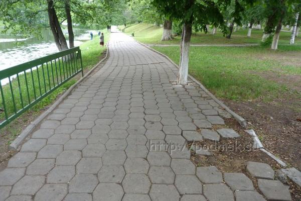 Дзержинский_P1010935.JPG