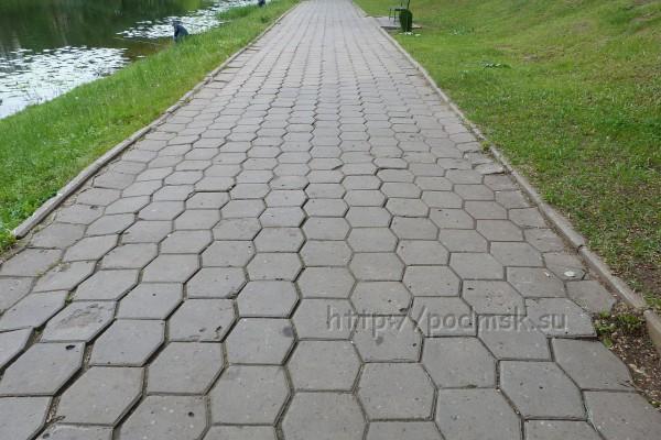 Дзержинский_P1010938.JPG
